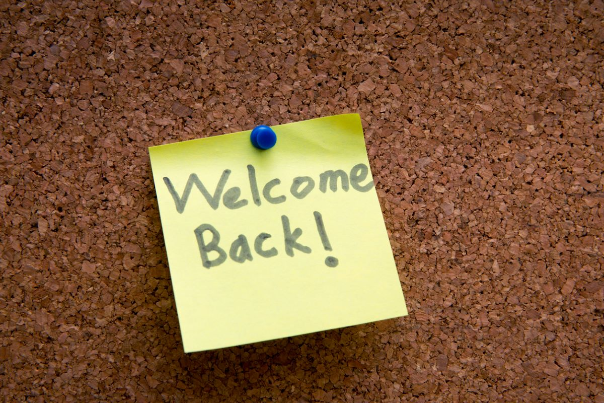 3 ways organizations can help employees transition back to the workplace